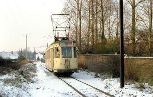 Motrice type S sous la neige